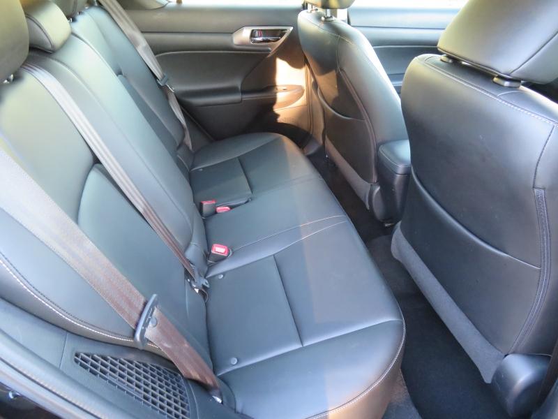 Lexus CT 200h 2016 price $15,995