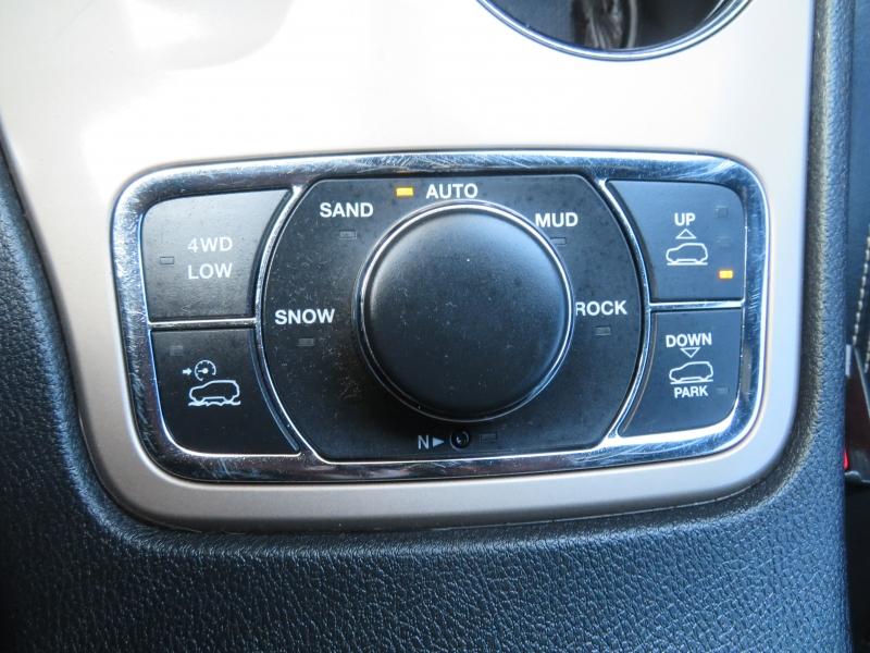 Jeep Grand Cherokee 2015 price $17,890