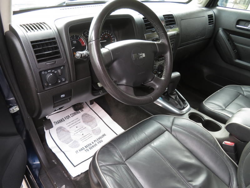 Hummer H3 2007 price $5,999
