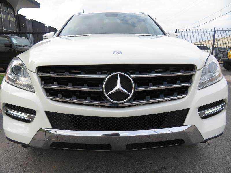 Mercedes-Benz M-Class 2012 price $13,590