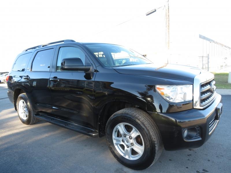Toyota Sequoia 2012 price $12,890
