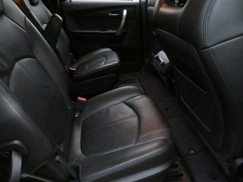 GMC Acadia 2010 price $6,850