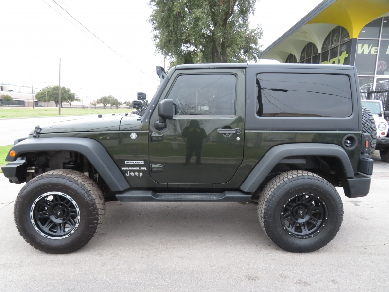 Jeep Wrangler 2011 price $16,490