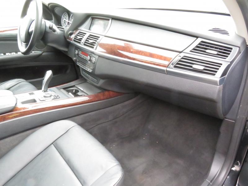 BMW X5 2010 price $8,890