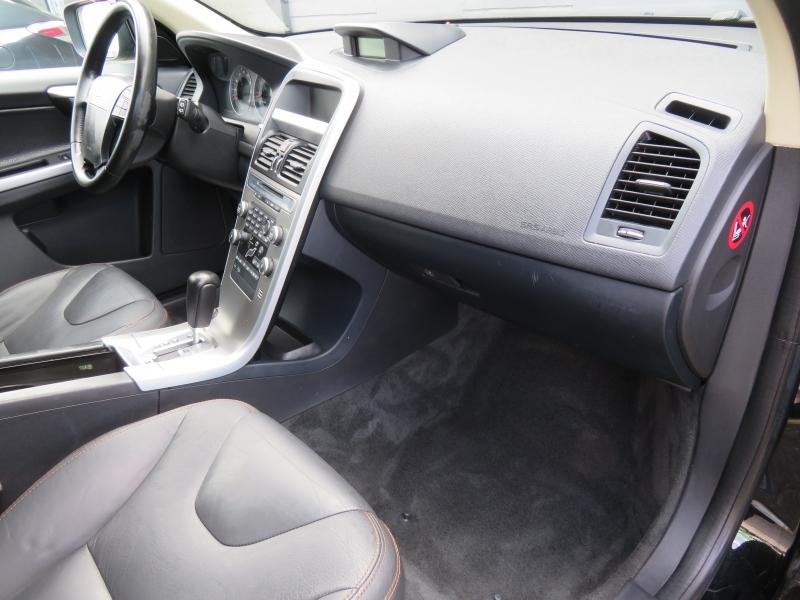 Volvo XC60 2010 price $7,850