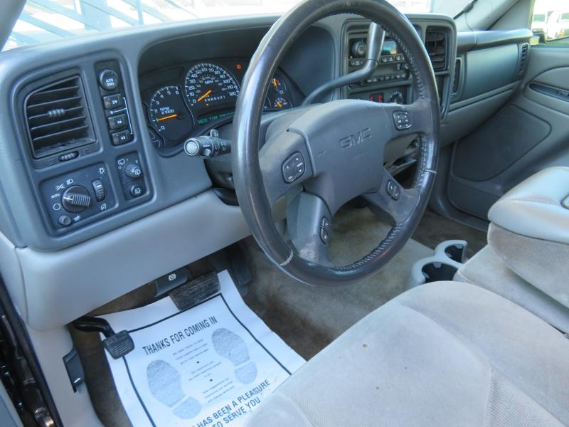 GMC Yukon 2006 price $3,999