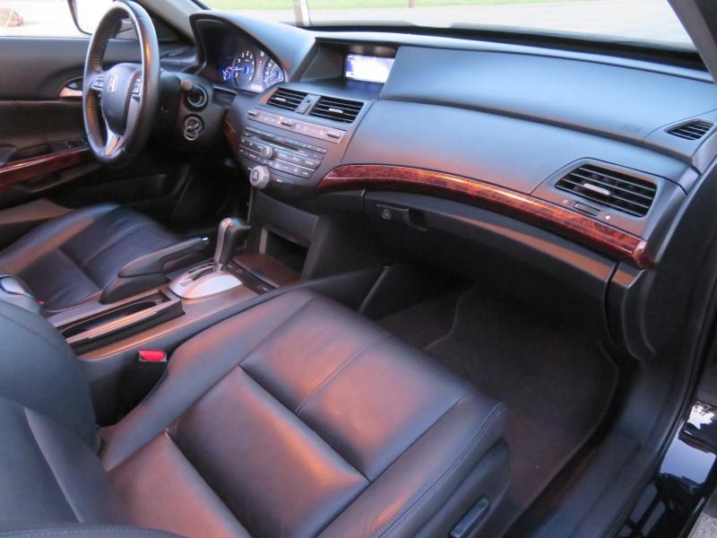 Honda Crosstour 2012 price $8,950