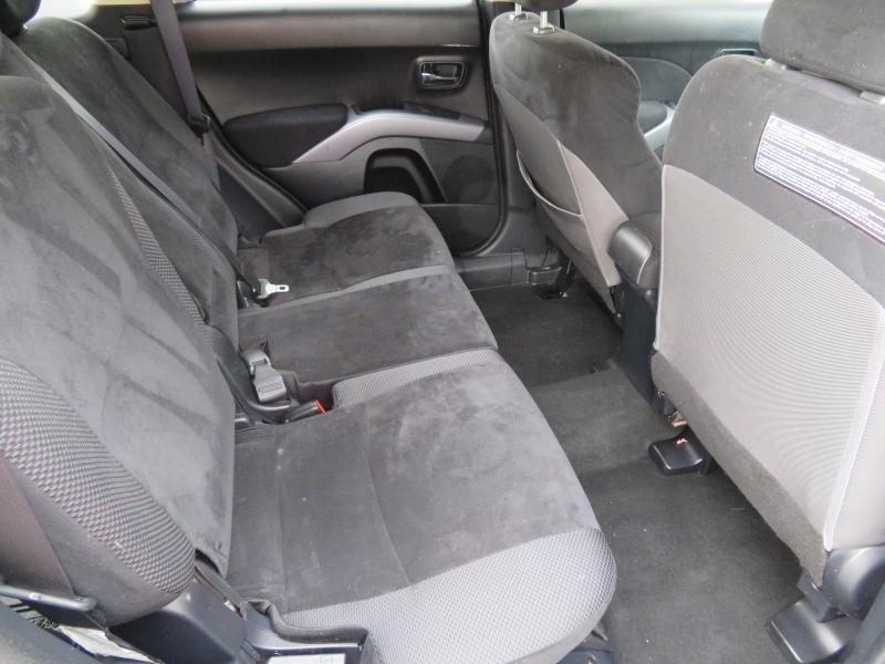 Mitsubishi Outlander 2013 price $5,995