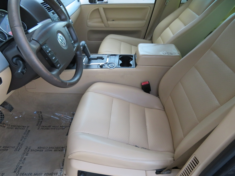 Volkswagen Touareg 2 2008 price $3,850