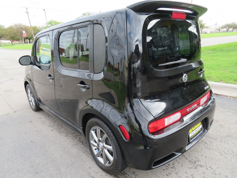 Nissan cube 2009 price $3,850