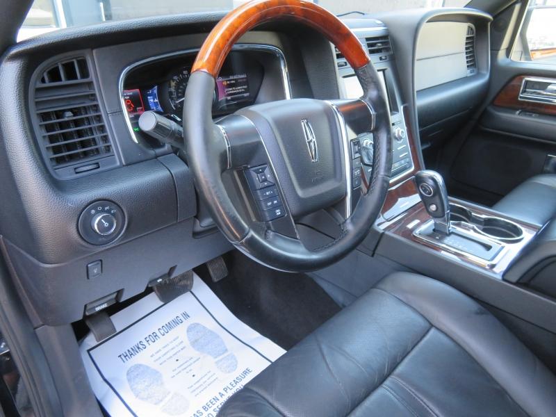 Lincoln Navigator L 2015 price $10,980