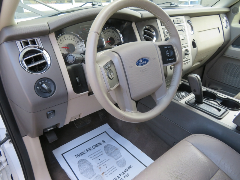 Ford Expedition EL 2011 price $7,995