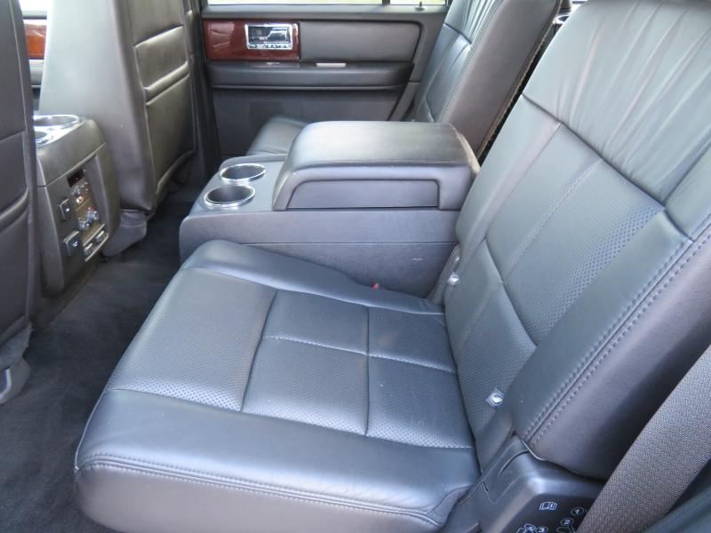 Lincoln Navigator 2012 price $8,980