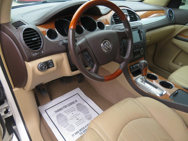 Buick Enclave 2010 price $7,980