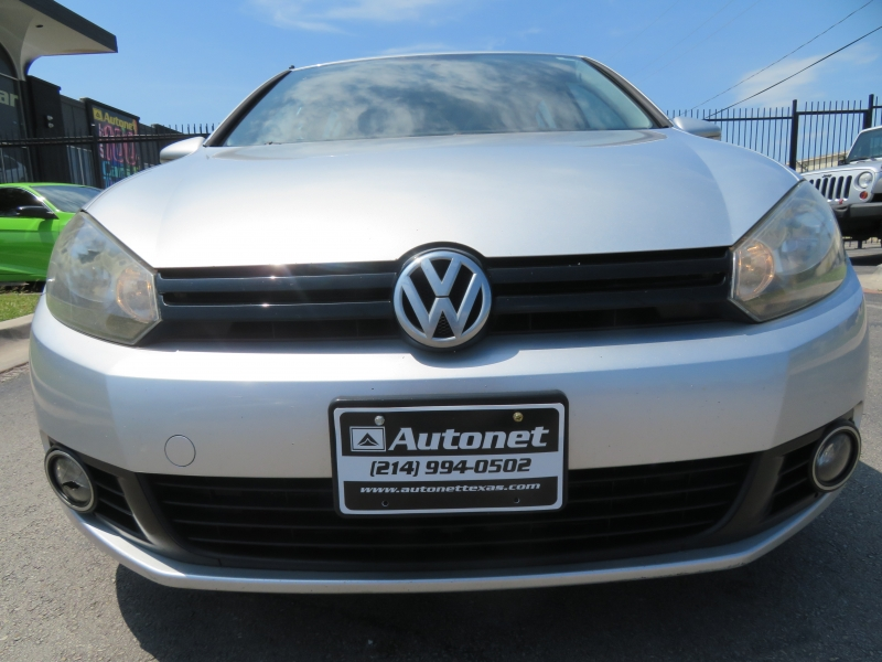 Volkswagen Golf 2013 price $6,890