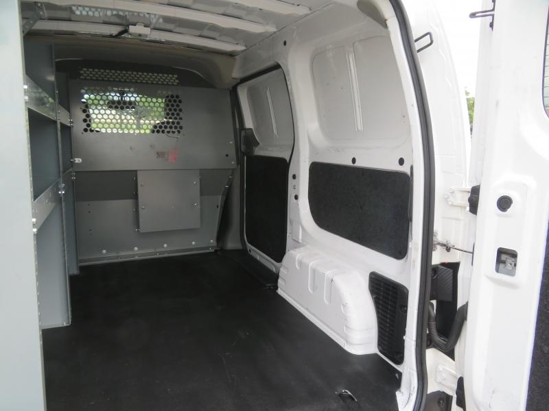 Chevrolet City Express Cargo Van 2015 price $8,890