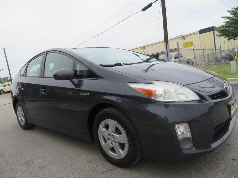 Toyota Prius 2010 price $6,490