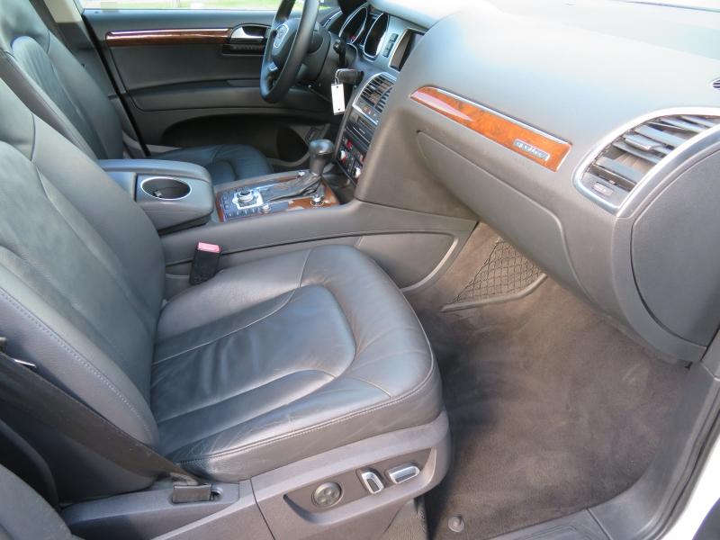 Audi Q7 2012 price $11,890