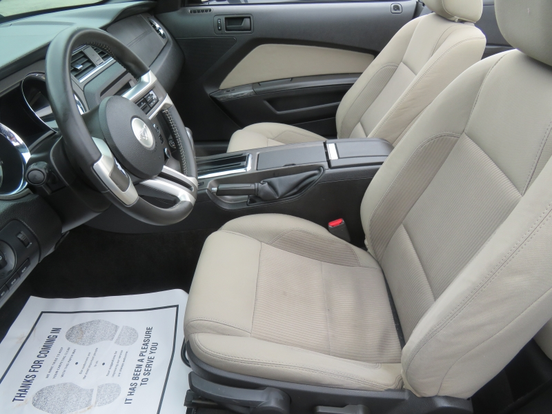 Ford Mustang 2012 price $7,490