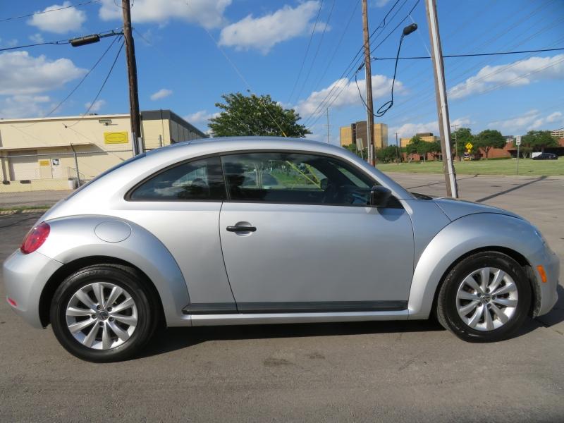 Volkswagen Beetle Coupe 2014 price $5,490