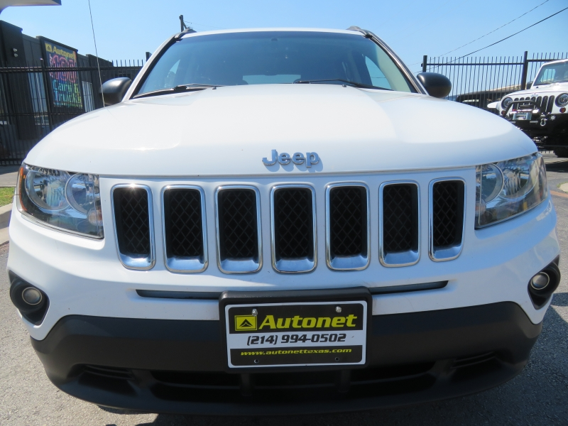 Jeep Compass 2017 price $9,850