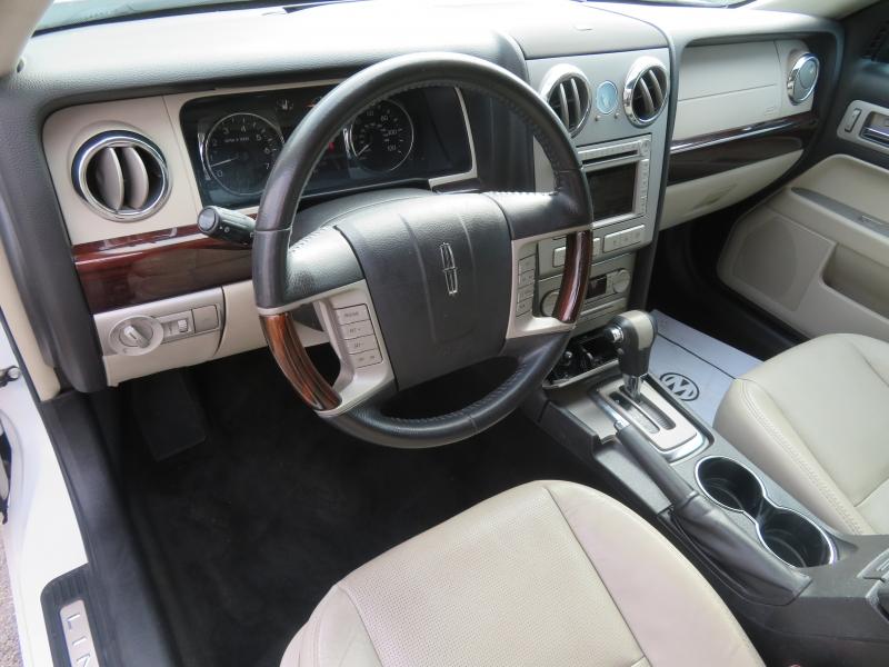 Lincoln MKZ 2009 price $7,997