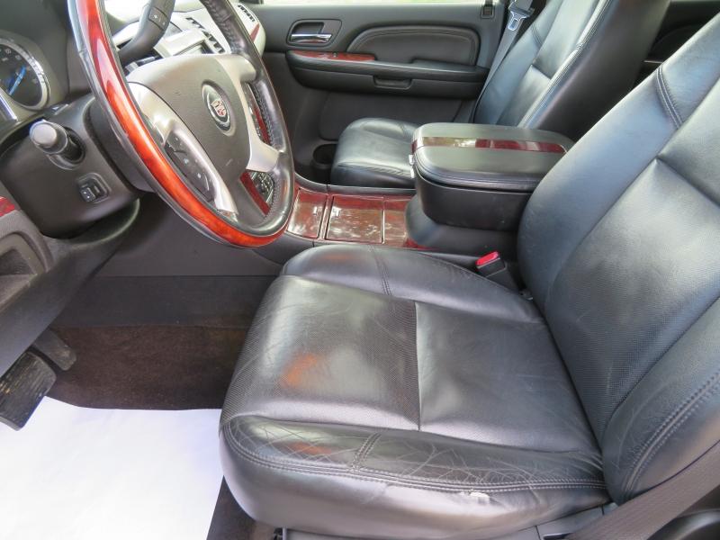 Cadillac Escalade EXT 2009 price $15,995