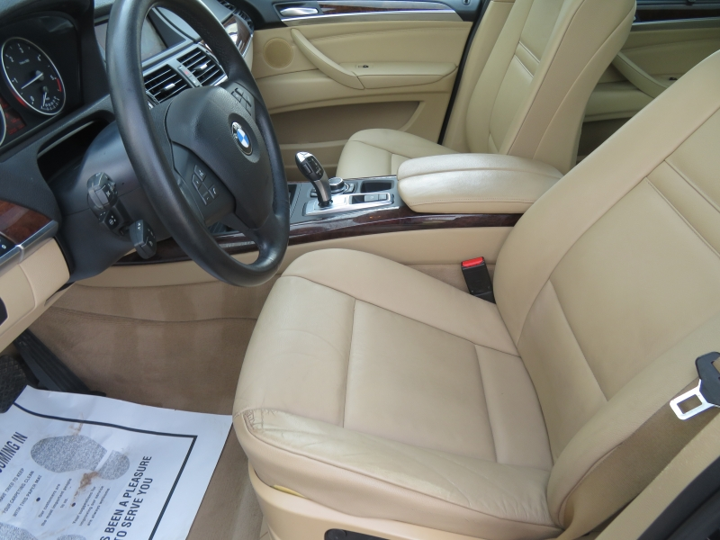 BMW X5 2011 price $10,590