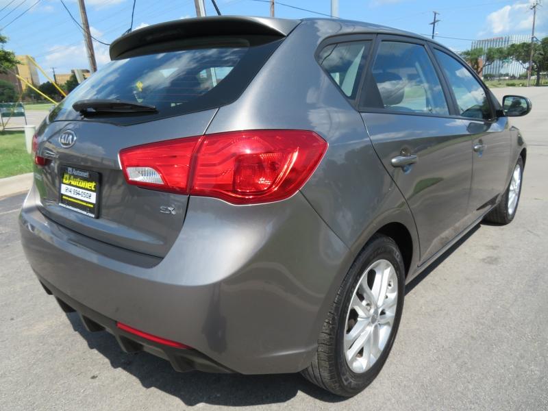 Kia Forte 5-Door 2012 price $6,980