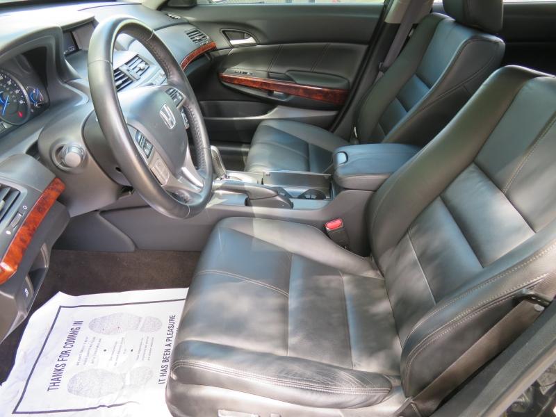 Honda Accord Crosstour 2010 price $9,890