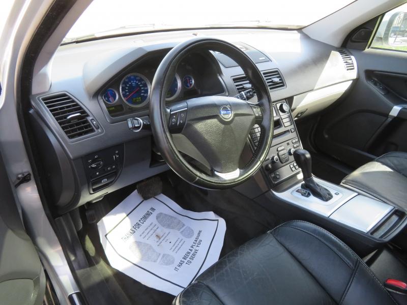 Volvo XC90 2011 price $6,490