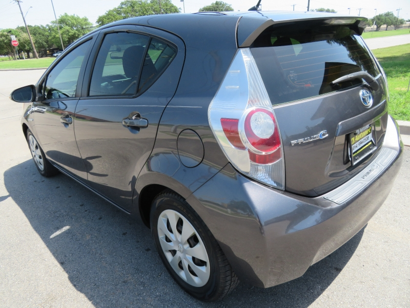 Toyota Prius c 2012 price $6,999