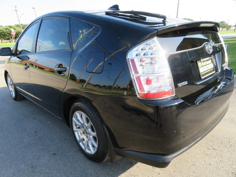 Toyota Prius 2009 price $7,980