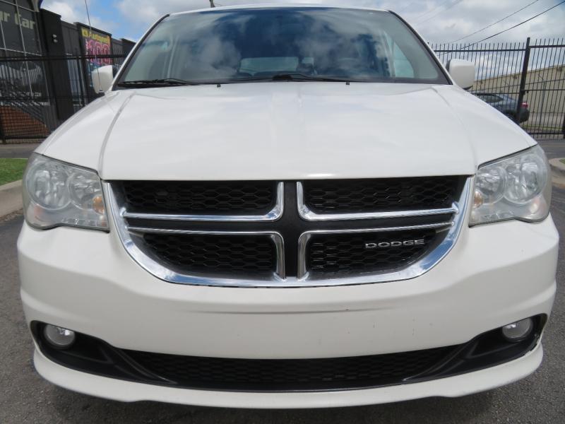 Dodge Grand Caravan 2011 price $5,950