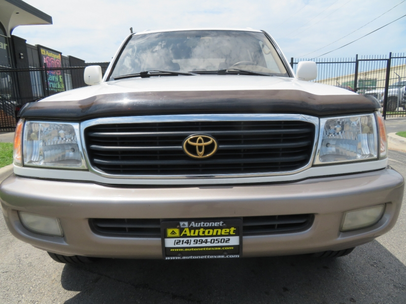 Toyota Land Cruiser 2001 price $7,999