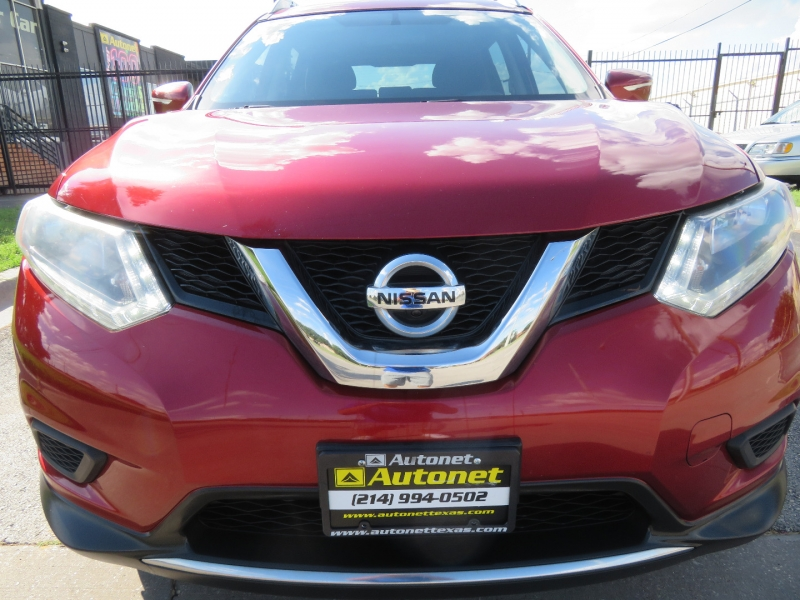 Nissan Rogue 2015 price $10,850