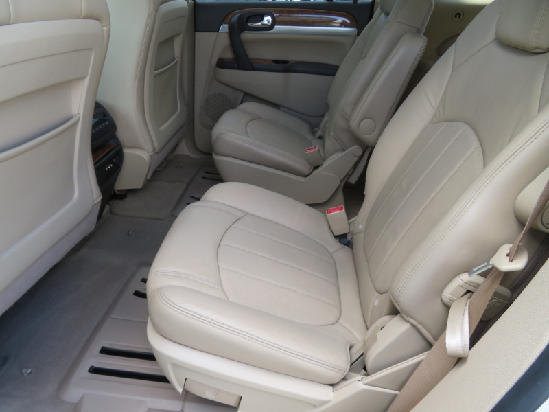 Buick Enclave 2010 price $5,995