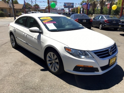 2010 Volkswagen CC 4dr DSG Sport *Ltd Rre white on beige
