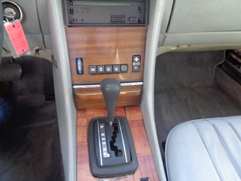 Mercedes-Benz SL-Class 1983 price $6,998