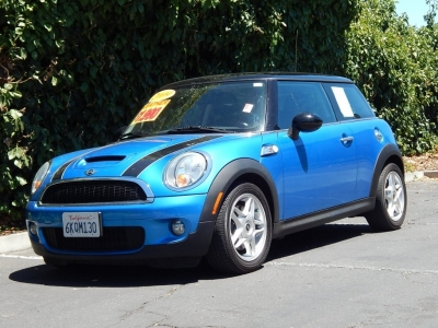 2009 MINI Cooper Hardtop 2dr Cpe S So Nice !!