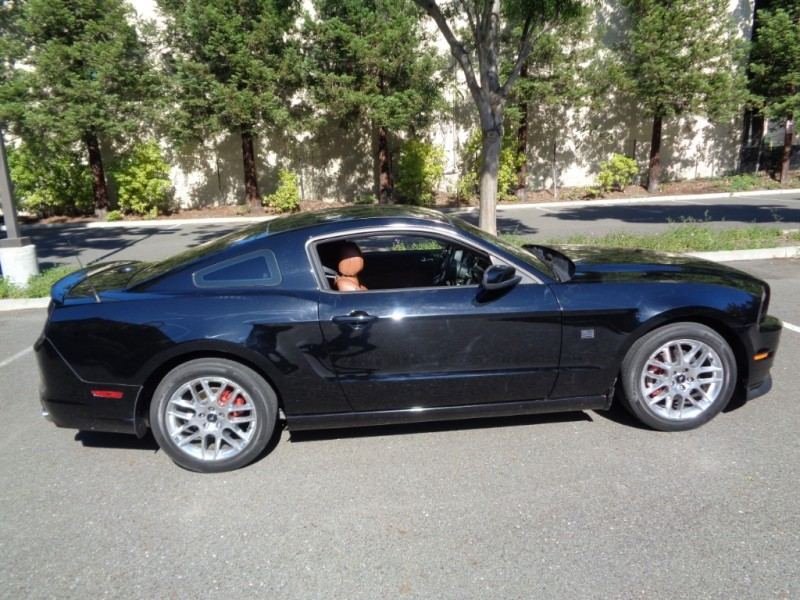 Ford Mustang 2014 price $15,990