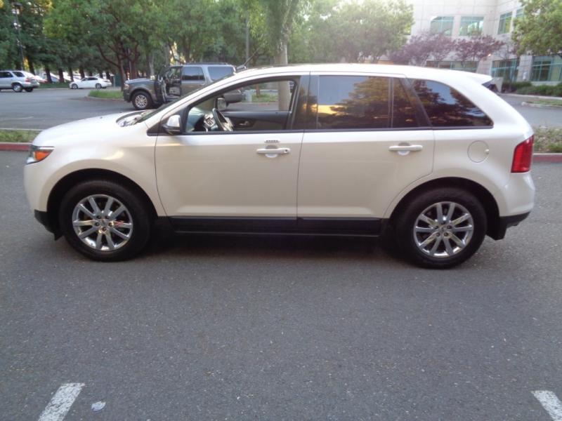 Ford Edge 2012 price $11,990