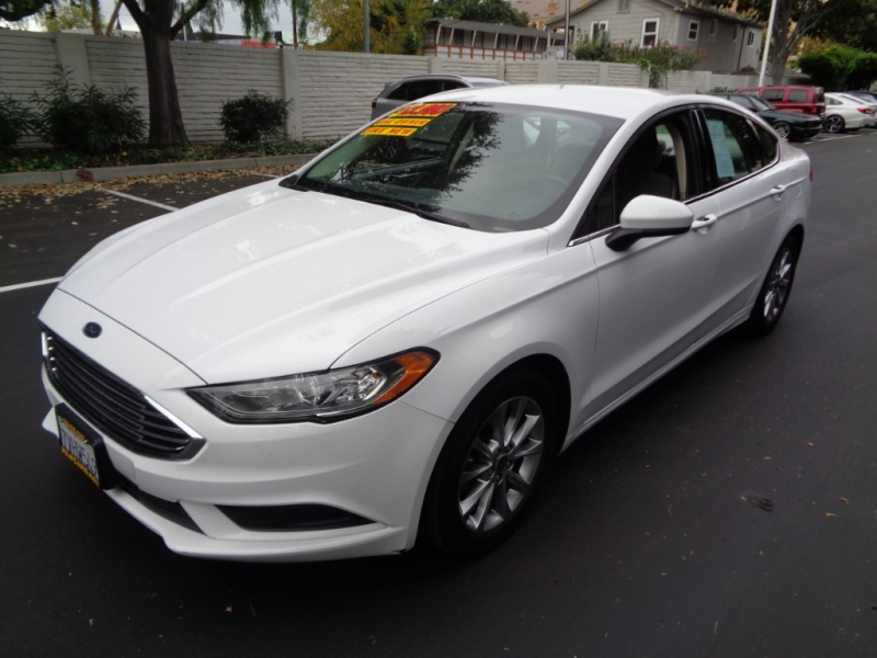 Ford Fusion 2017 price $11,890