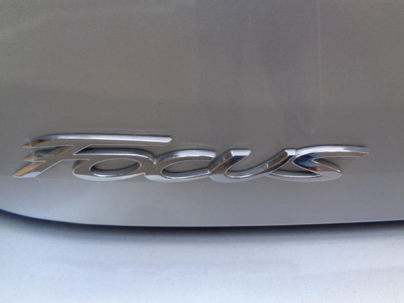 Ford Focus 2016 price $8,890