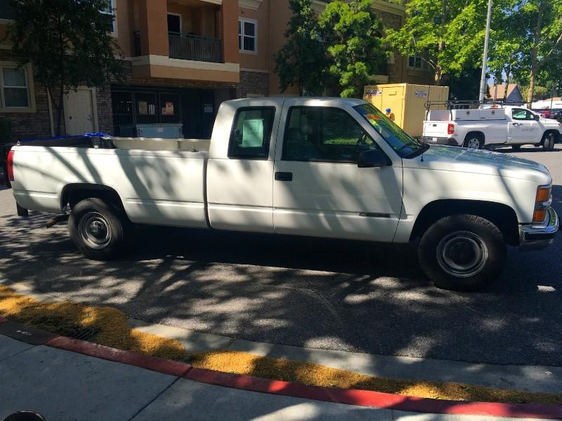 Chevrolet C/K 2500 2000 price $7,990