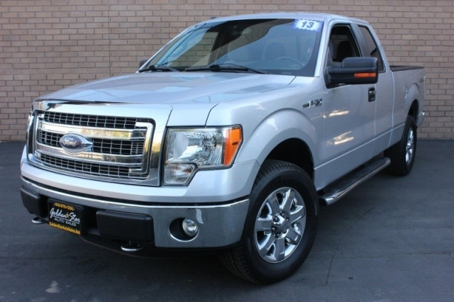 2013 Ford 4WD SuperCab 145 XLT