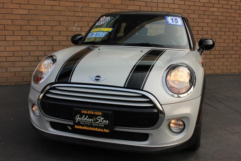 Mini Cooper Hardtop 2015 price $12,998