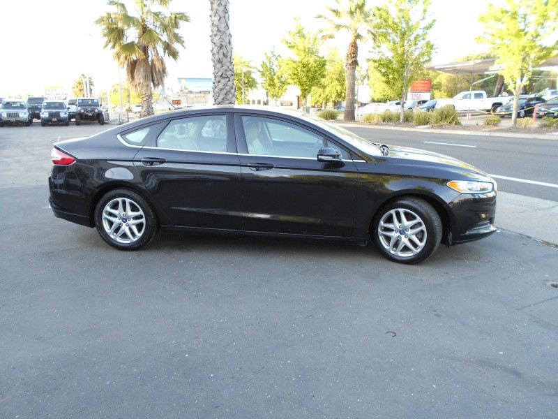 Ford Fusion 4dr Sdn SE FWD 2013 price $8,998