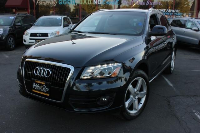 2010 Audi Q5 quattro 4dr 3.2L Premium