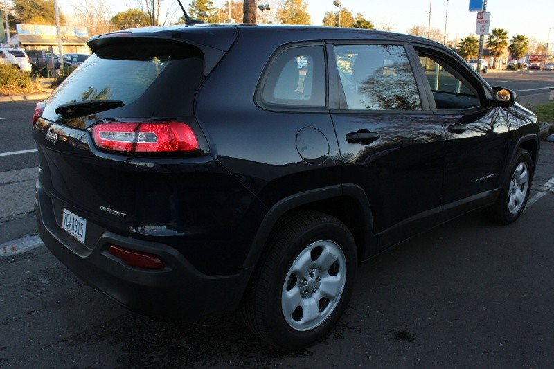 Jeep Cherokee 4WD Sport 2014 price $9,998